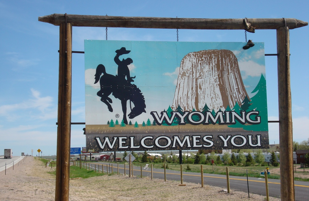 Wyo-Welcome.sign
